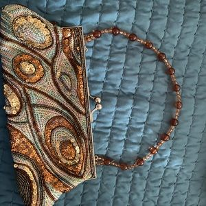 Bead and sequin clutch